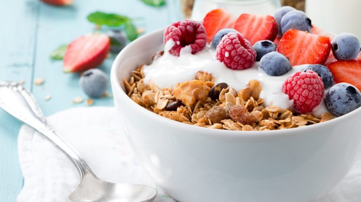Granola breakfast with berries